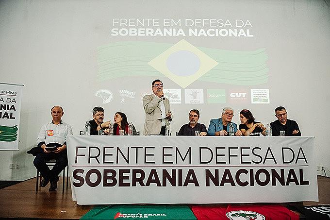 Momento histórico de unidade na capital gaúcha reuniu centenas de pessoas no auditório da Fetrafi-RS