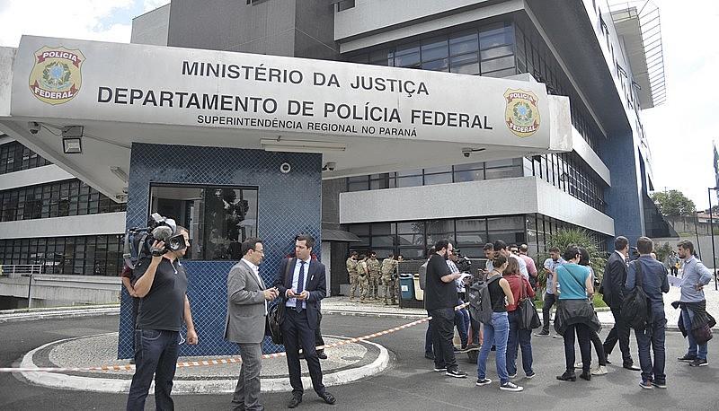Lula está preso há oito meses na Superintendência da Polícia Federal em Curitiba