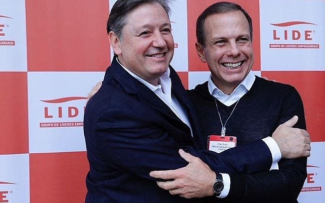 Quando o escândalo veio à tona no Brasil, parlamentar estava em Nova Iorque com o prefeito de São Paulo, João Doria