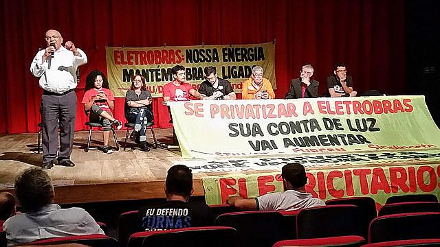 Líderes del movimiento sindical y popular se reunieron la semana pasada para preparar las luchas en defensa de la Eletrobras