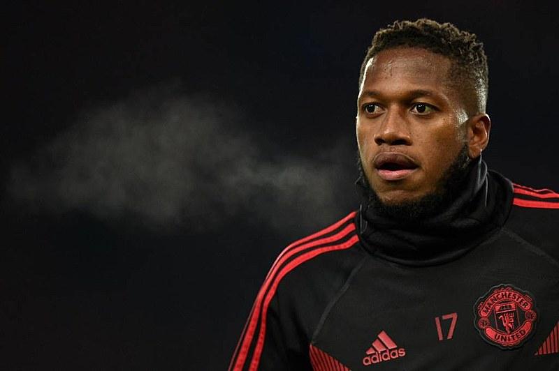 Fred atua como meia/volante no Manchester United