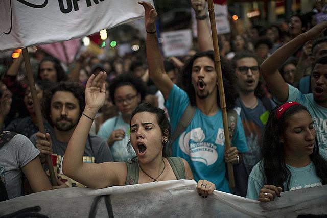 Acto callejero en defensa de la educación en Brasil el último 13 de agosto