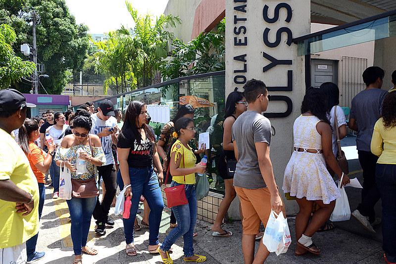 Estudantes na fila para a prova do Enem 2017, em Belém no estado do Pará.