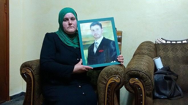 Nadia Hamed, mãe de Islam Hamed, teme pela saúde do filho, detido por forças israelenes em outubro de 2015