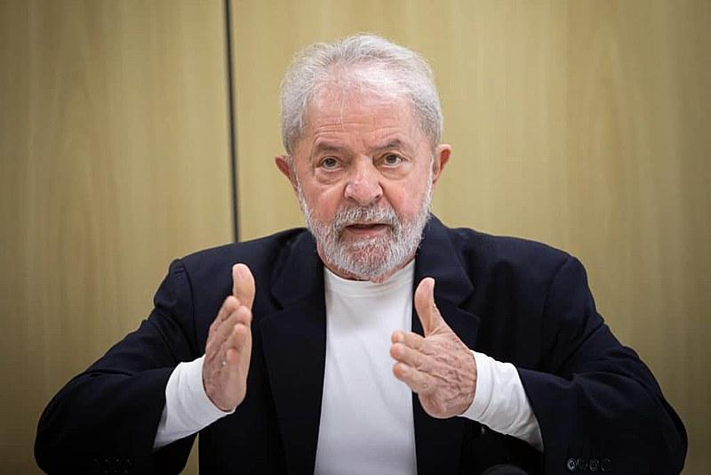 Entrevista com o ex-presidente Lula foi realizada na Polícia Federal, em Curitiba