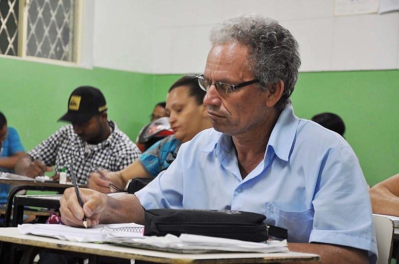 O índice de desemprego na região subiu para 17,1%, a taxa mais alta desde 1998; são 243 mil pessoas desempregadas.