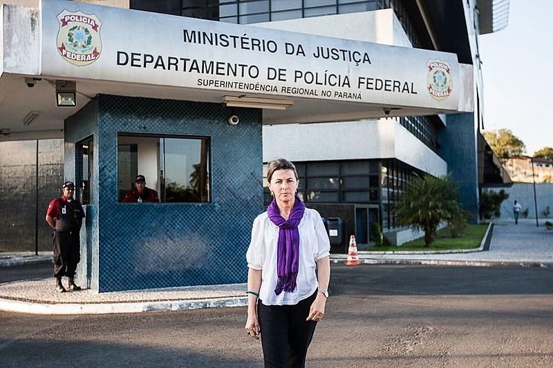 Pastora da Igreja Evangélica de Confissão Luterana no Brasil se posiciona em defesa da democracia
