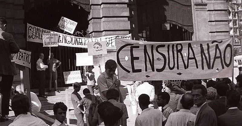 Protesto contra censura na Ditadura Militar