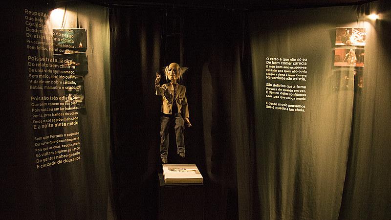 """Na mostra """"Outro mundo é possível"""", os visitantes vão poder passear por algumas peças que marcaram carreira do dramaturgo"""