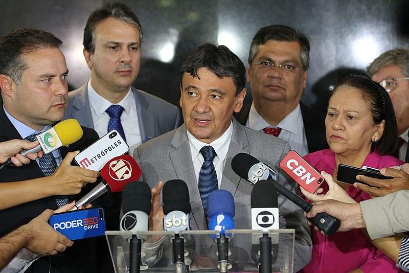 Governadores do Nordeste durante entrevista coletiva em maio deste ano