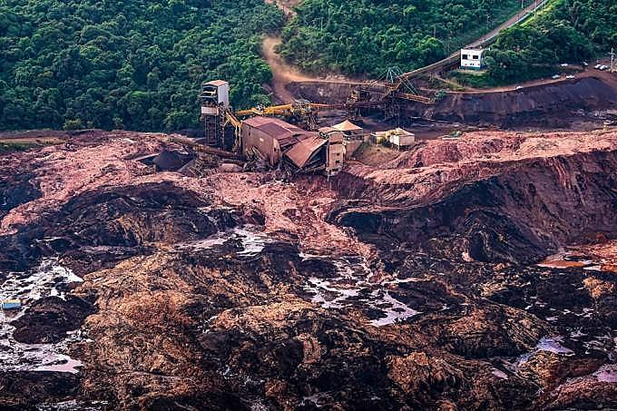 Tragédia da Vale em Brumadinho matou 2016 pessoas. Outras 99 ainda estão soterradas
