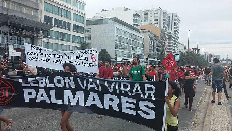 """Manifestação do MTST na praia do Leblon será exibida em """"Contagem Regressiva"""""""