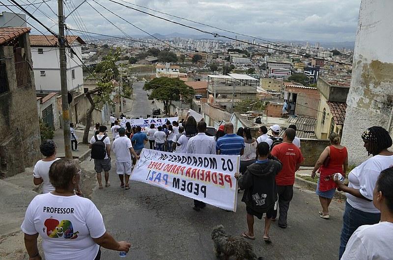 Manifestação contou com a presença de movimentos populares