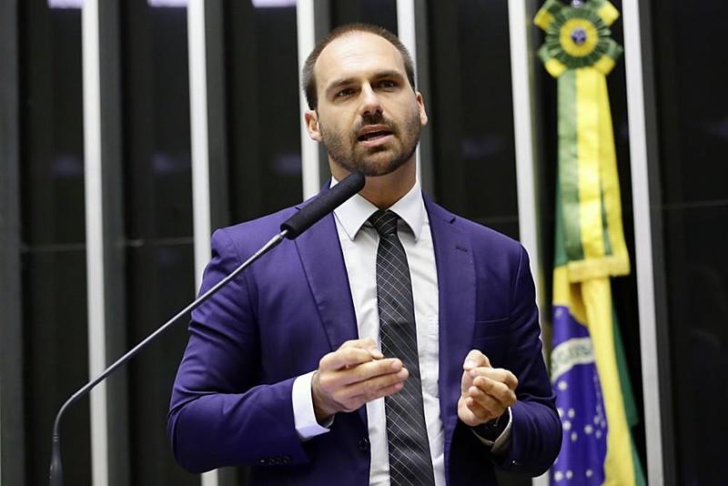 Eduardo Bolsonaro é um dos que migrariam para o partido que o pai dele pretende fundar