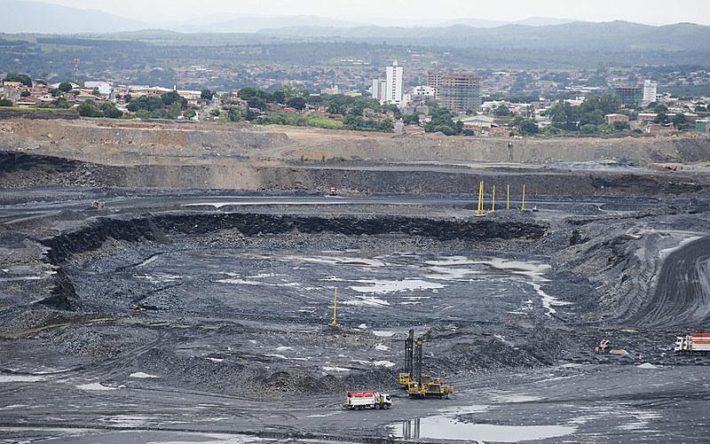 Royalties do minério de ferro aumentaram, mas continuam um dos menores do mundo