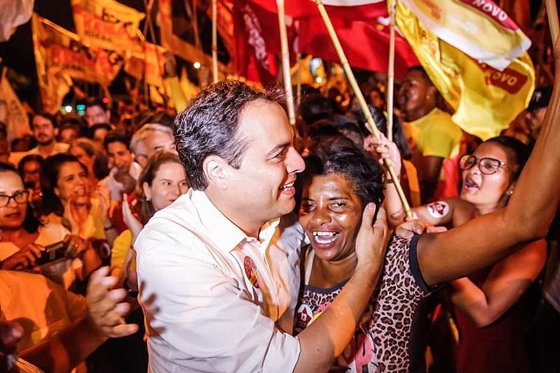 Votação confirma a hegemonia do Partido Socialista Brasileiro (PSB) no estado, que tem outras lideranças históricas