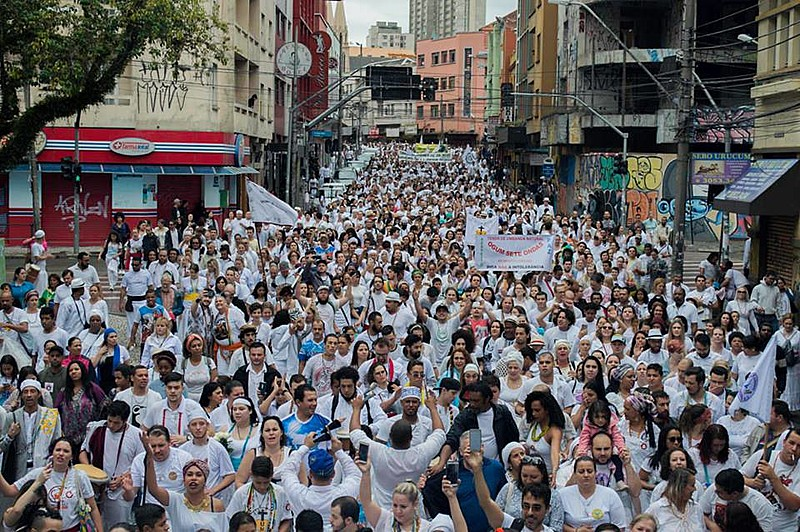 No dia 22 de outubro, ocorreu em Curitibaa Passeata Contra a Intolerância Religiosa