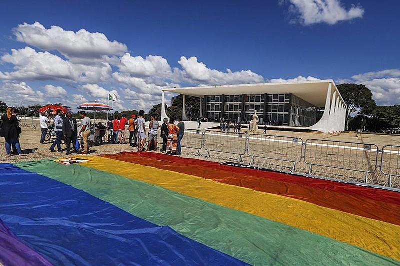 Atos realizados a favor da criminalização da homofobia durante o mês de maio