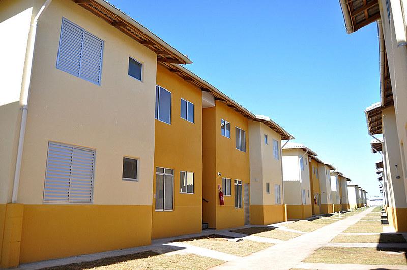 Essa medida acaba com os programas de Habitação Rural, Habitação Urbana e Habitação em parceria com Entidades. (PNHR, FAR e FDS)