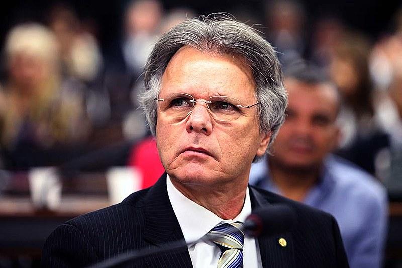Vanderlei Macris (PSDB-SP) é presidente da CPI que investiga atuação do BNDES entre 2003 e 2015, apenas em governos petistas