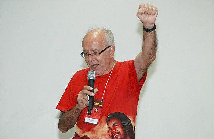 """Vito costumava dizer que """"um sindicato ou partido sem jornal é um exército sem armas"""""""