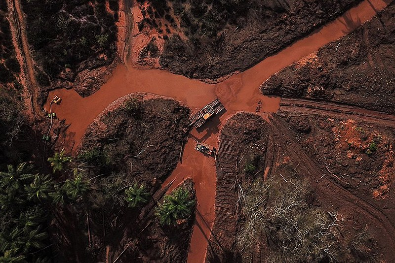 Rompimento da barragem em Brumadinho matou o Rio Paraopeba e impactou comunidades e áreas de conservação