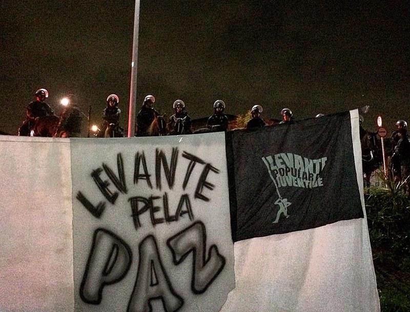 Sarau pela paz é impedido pela Polícia Militar no Ceará