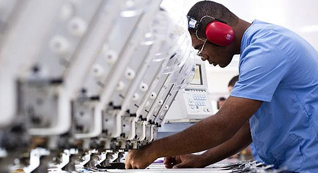 """""""É muito fácil prever que a economia só tende a piorar com a precarização das condições de trabalho"""""""