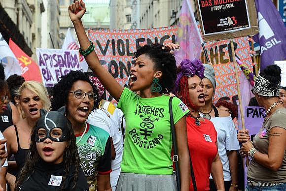 Manifestación del 8 de marzo, Día Internacional de la Mujer, en la región central de la ciudad de São Paulo, en la región sureste de Brasil