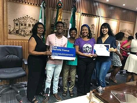 Cristina Dias recebe homenagem junto as outras mulheres negras da sua família Maria Pastora, Maria da Guia e Clara
