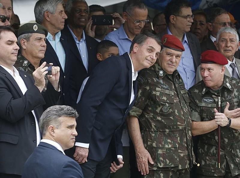 Militares foram excluídos da proposta de reforma da Previdência de Bolsonaro