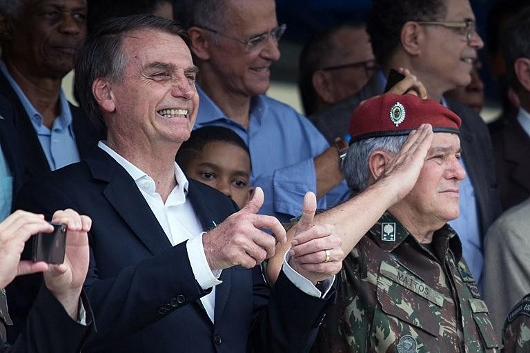 Jair Bolsonaro (PSL) deve enfrentar ações na Justiça por vídeo publicado nas redes sociais