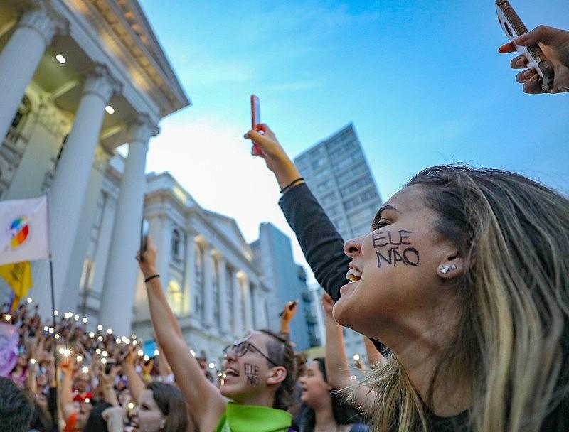 Protesto contra Bolsonaro em Curitiba (PR), no último domingo