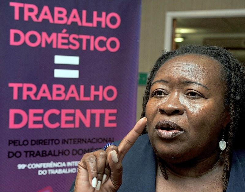 Segundo a OIT, o Brasil tem o maior número de trabalhadoras domésticas no mundo: mais de 7 milhões