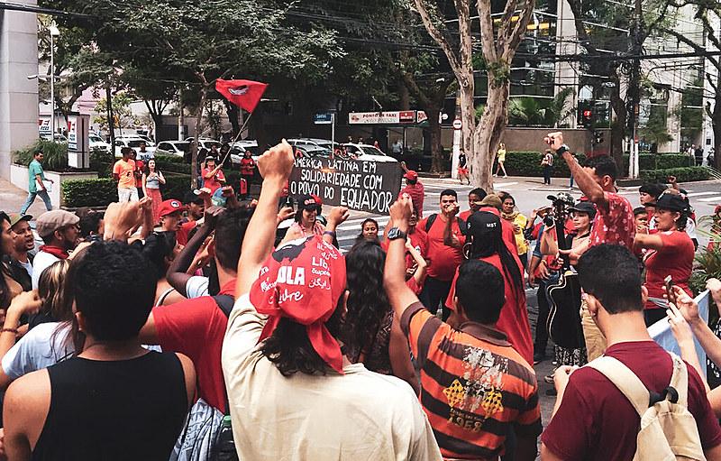 Frentes Povo Sem Medo e Brasil Popular participaram da manifestação e denunciaram violência da polícia nacional contra protestos