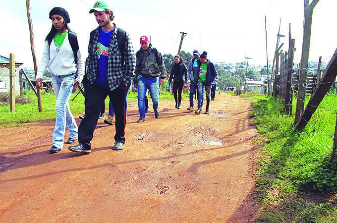 Brigadistas já passaram por Gravataí, Canoas, Passo Fundo e alguns bairros da Capital, como Cruzeiro e Lomba do Pinheiro