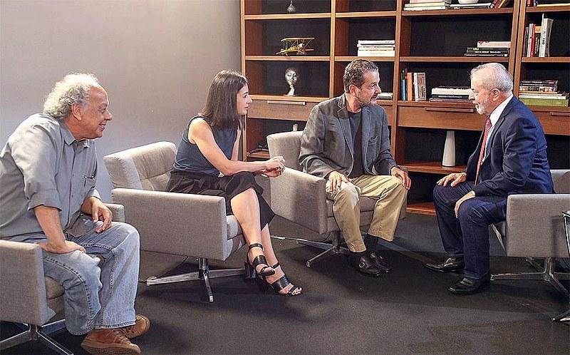 José Trajano, Talita Galli e Juca Kfouri conversaram com Lula durante 80 minutos