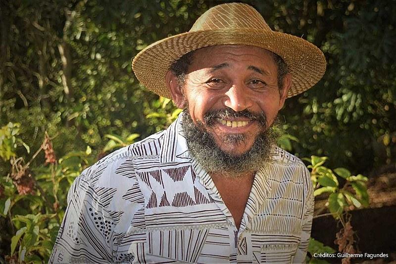 Escritor é militante de grande expressão no movimento social quilombola e nos movimentos de luta pela terra