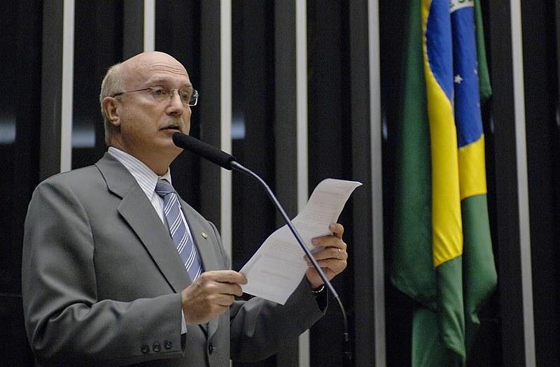 Deputado foi defensor da PEC 215, proposta que retira do Executivo a exclusividade de demarcar terras indígenas