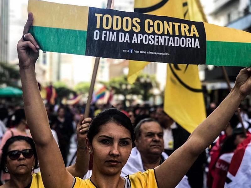 Pauta dos movimentos sociais é contrária à retirada de direitos
