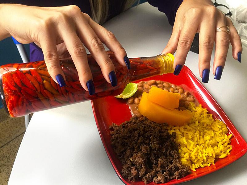 A pimenta é um tempero especial no prato dos brasileiros