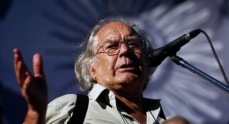 Adolfo Esquivel é ativista e ganhou o prêmio Nobel da Paz em 1980
