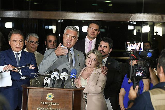 Líder do PSL no Senado, Major Olímpio participou de ato político em que a senadora Selma trocou partido de Bolsonaro pelo Podemos