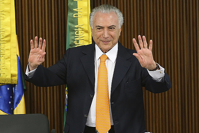 Measures by Temer negatively impact social programs and reduce the number of recipients