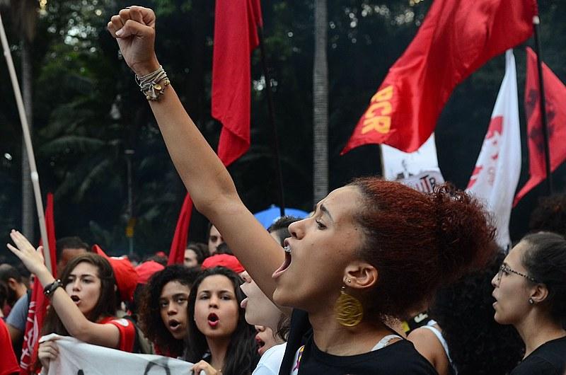 Manifestantes protestam contra reforma da Previdência em passeata na Avenida Paulista - São Paulo (SP) - 15/03/2017