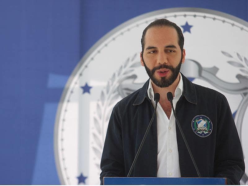 Triunfo de Bukele encerra período de dez anos em que o partido de esquerda FMLN esteve na presidência