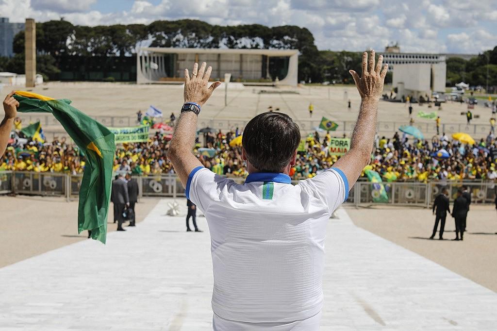 bolsonaro manifestacao congresso stf coronavirus