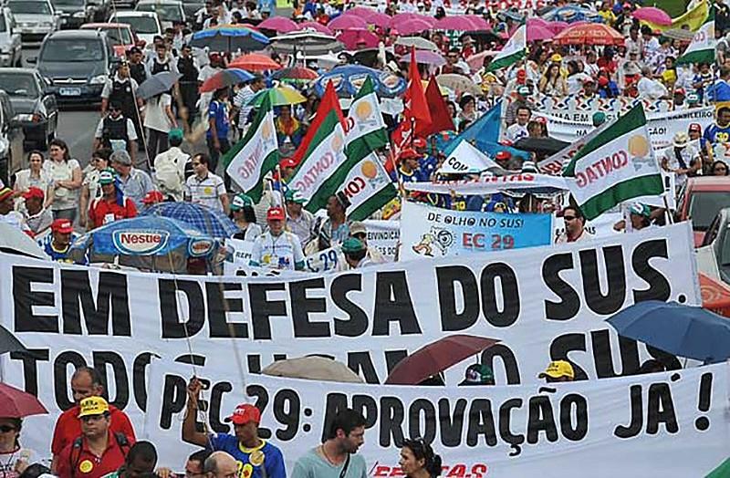 """A"""" implantação do Sistema Único de Saúde (SUS) no início da década de 90 foi uma grande conquista da sociedade brasileira"""""""