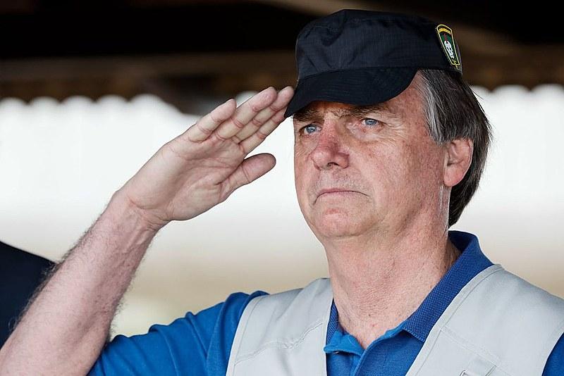 Jair Bolsonaro (PSL), durante visita ao Comando de Operações Especiais do Exército Brasileiro, em Goiânia.