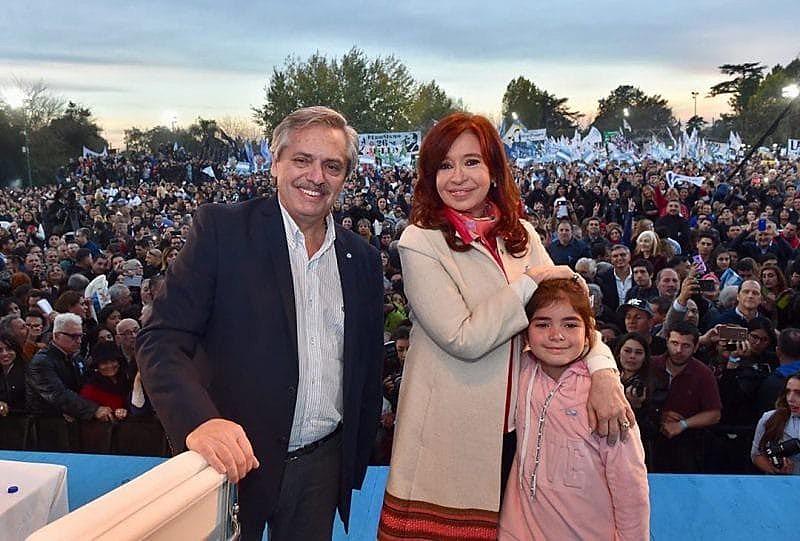 Alberto Fernandez e Cristina Kirchner derrotaram Macri nas primárias argentinas